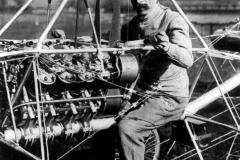 PAUL CORNU PRVI HELIKOPTER 1907